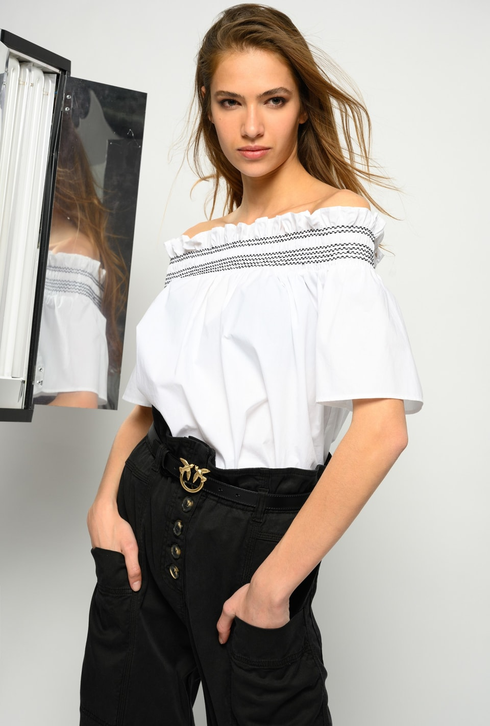 Off-the-shoulder blouse in poplin - Pinko