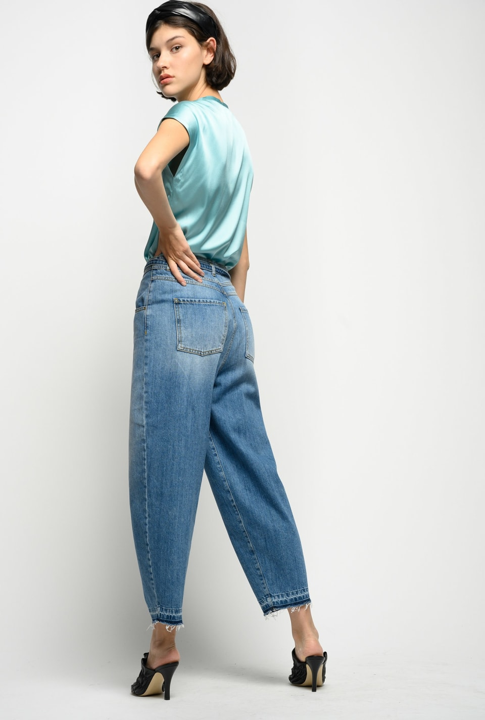 Slouchy jeans in vintage denim - Pinko