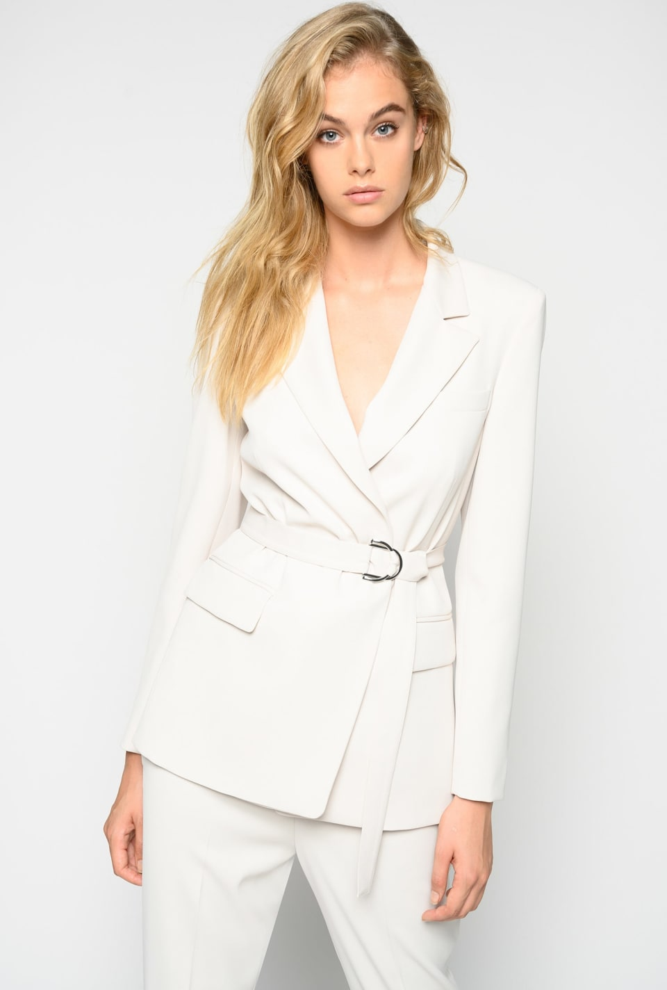 Crêpe blazer with belt