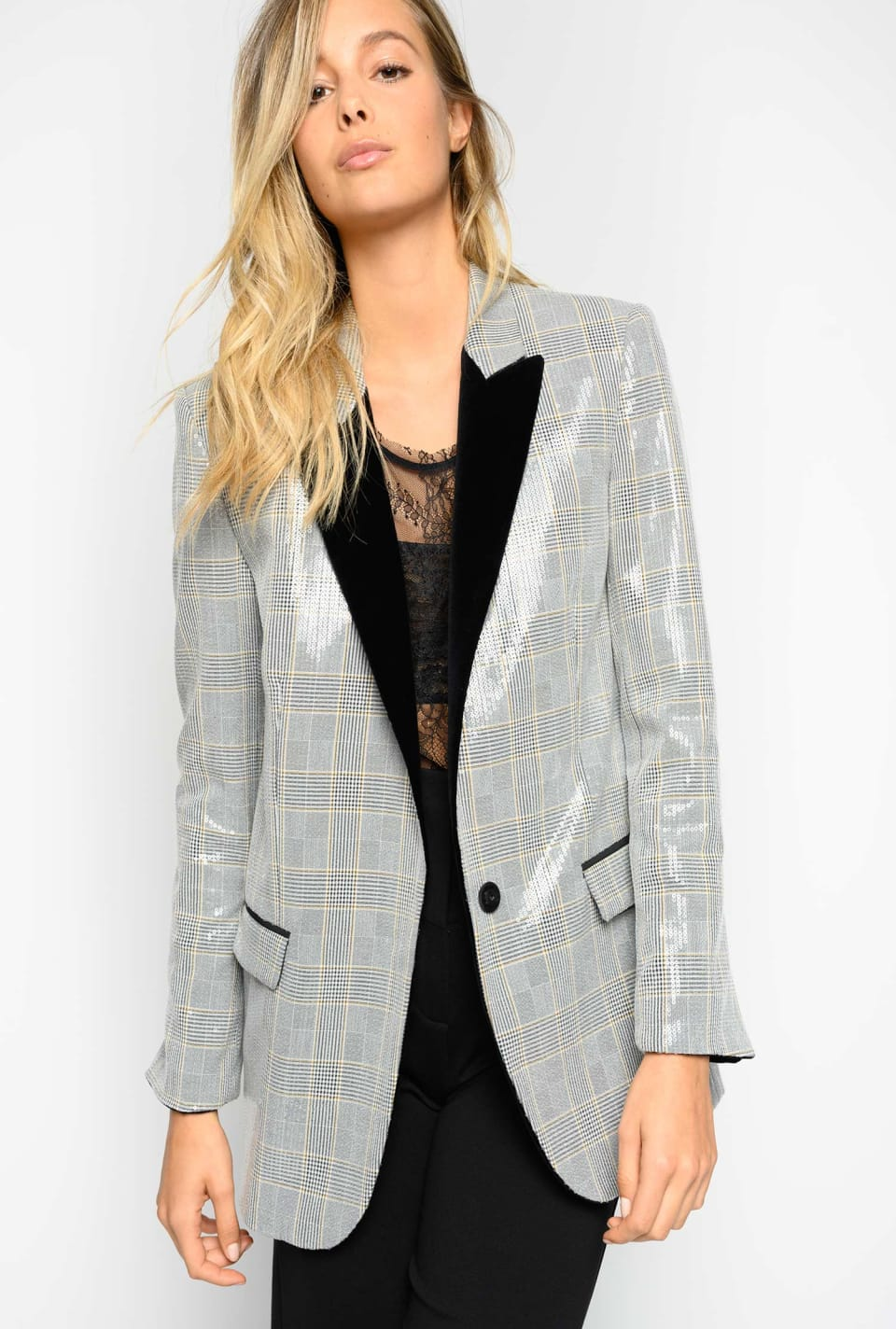 Full sequinned blazer