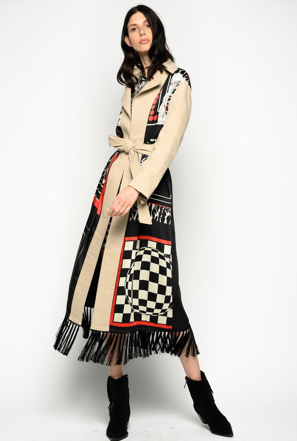流苏装饰薄绸印花风衣