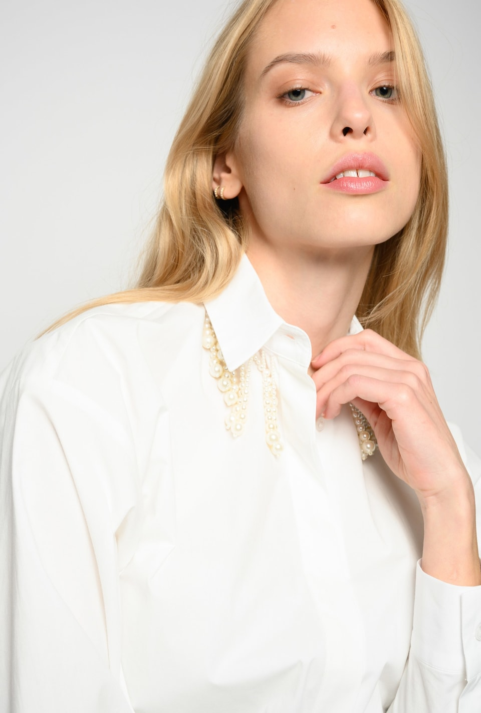 Shirt with beads on the collar - Pinko