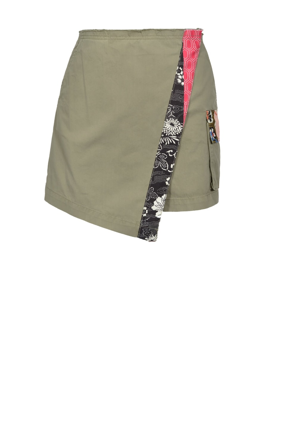 Shorts with Japan trim