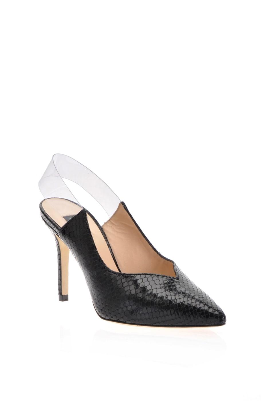 Zapato de salón con estampado pitón