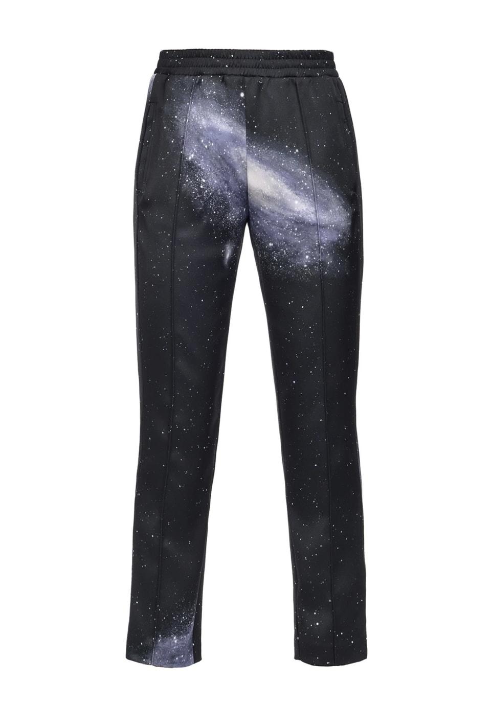 Pantalón de raso con estampado motivo galaxia