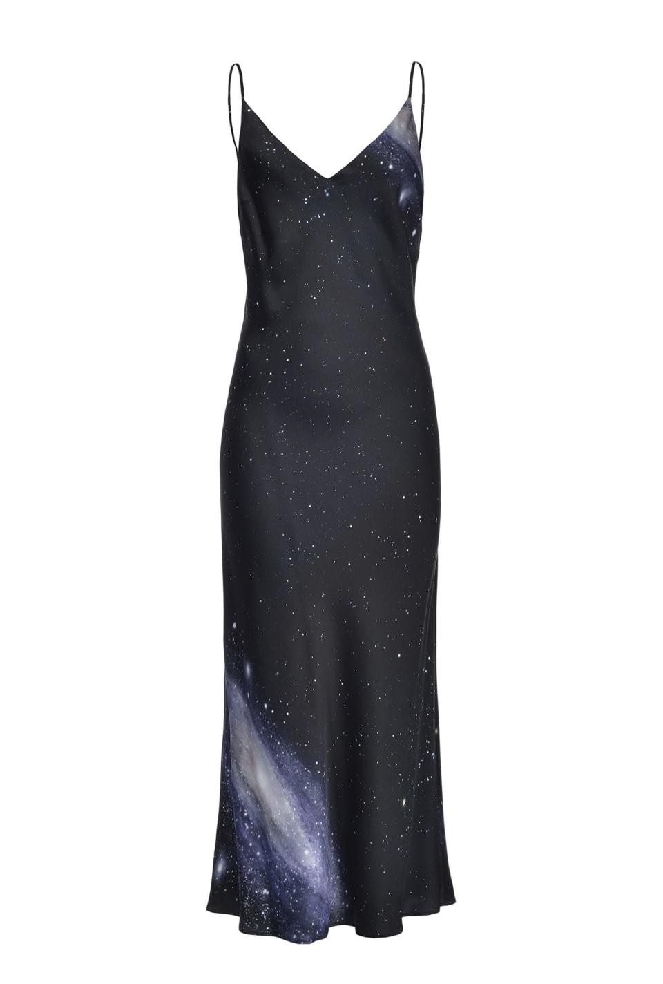 Vestido lencero con estampado motivo galaxia