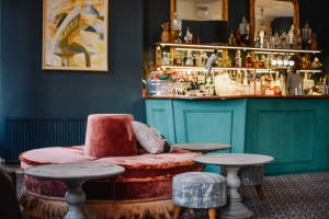Insider recommended bars in Earl's Court