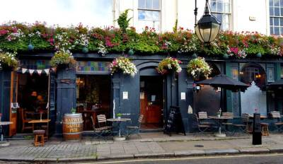 Quaint exterior of this Little Venice watering hole