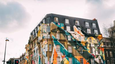 Visit London's most Instagram-worthy locations with a local creative