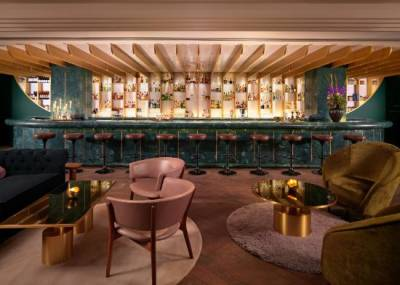Envelop yourself in mid-century glam at the beautiful Dandelyan bar