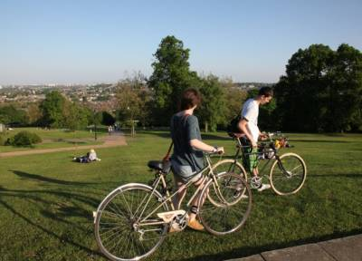 One of London's iconic green spaces, Alexandra Park offers something for everyone