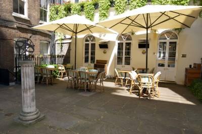 Boulestin's enchanting hidden courtyard