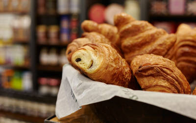 Mr Christian's offers a wide selection of breads and pastries, with over 50 types of bread