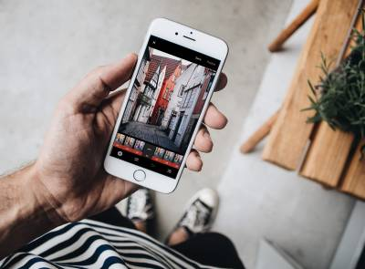 Learn how to create beautiful travel videos on your smartphone
