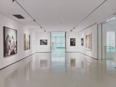 Private tour of Mayfair's most renowned galleries with an art-world insider