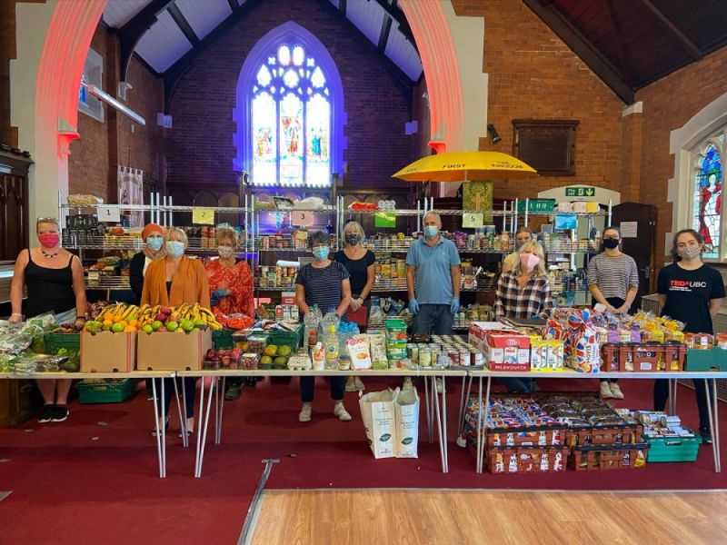 Hero for Local food bank founders win Prime Minister's award