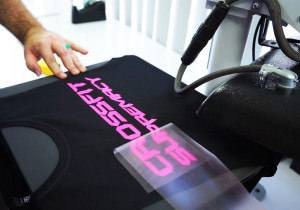 Customise t-shirts using thermal textile vinyl