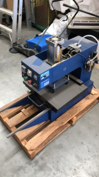 Air Operated 380 x 380mm Heat Press with Single Sliding Base