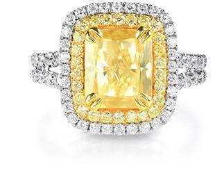 gold ring in engagement with fancy diamond de beers rose caress coloured