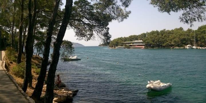 Bucht-von-Stari-Grad-Foto-Tonci-Petric/Stimme Kroatiens)