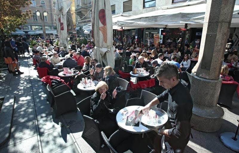 olle Cafés in der Innenstadt von Zagreb (Foto: Sanjin Strukić/Pixsell)