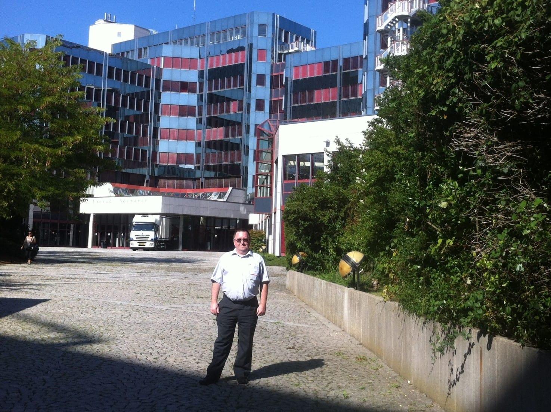 Ispred zgrade Europskog parlamenta (Foto: Anđelko Markulin)