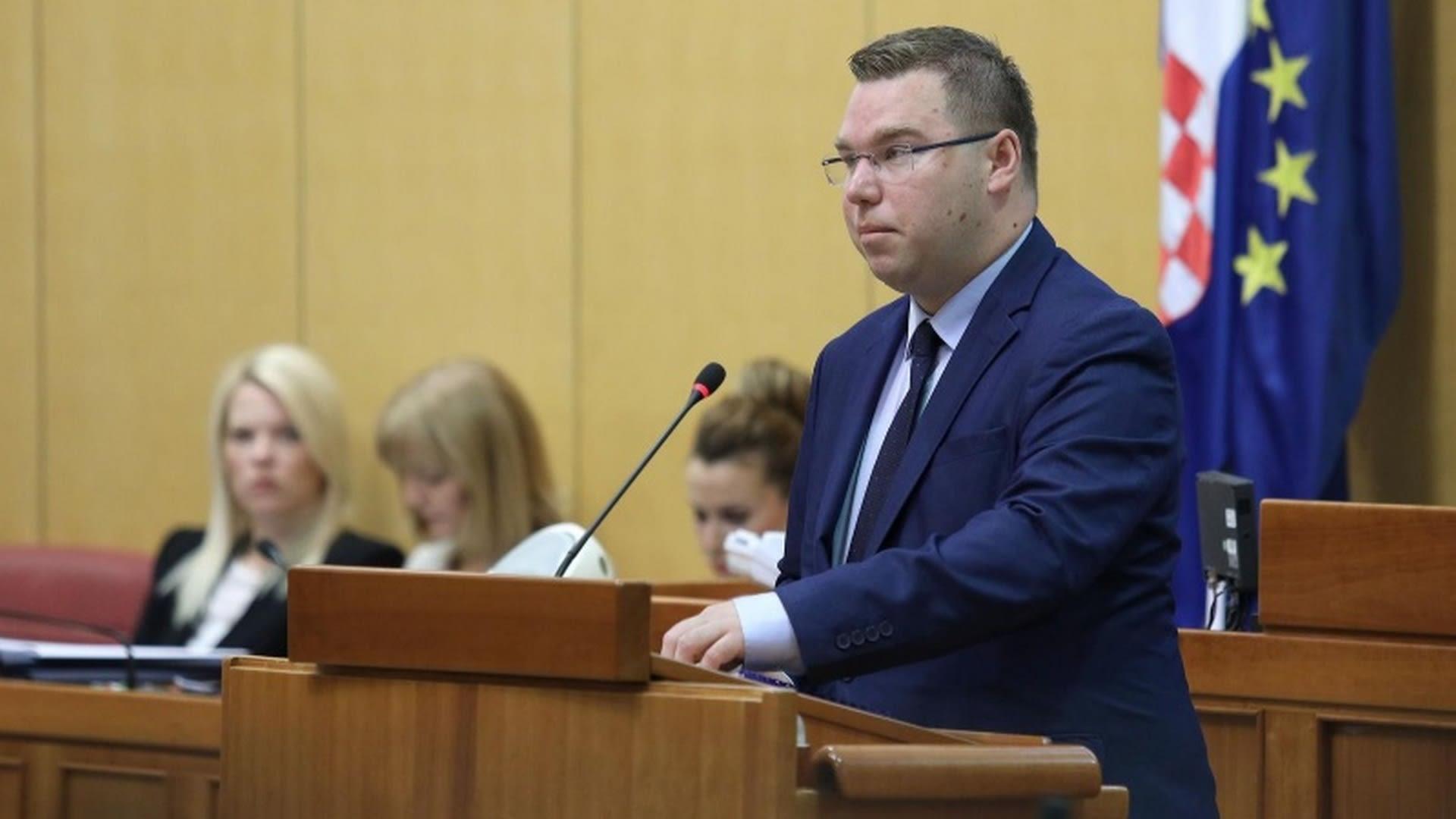 Ministro de Trabajo y Jubilación Tomislav Pavić. (Foto: Patrik Macek/PIXSELL)