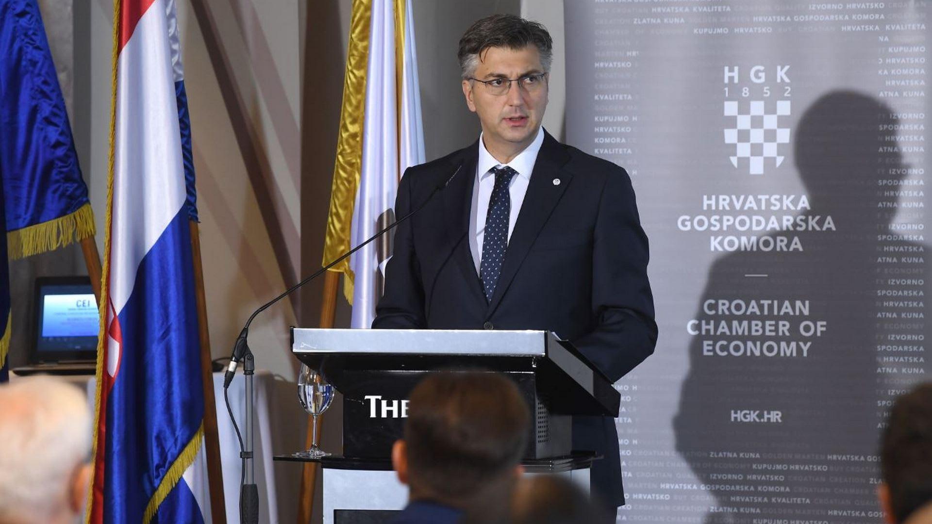 El Primer Ministro Andrej Plenkovic inagurando el Foro. (Foto: Marko Lukunic/PIXSELL)