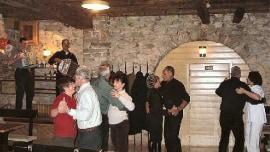 Blatske munde – die traditionellen Tänze der Karnevalszeit in Blato
