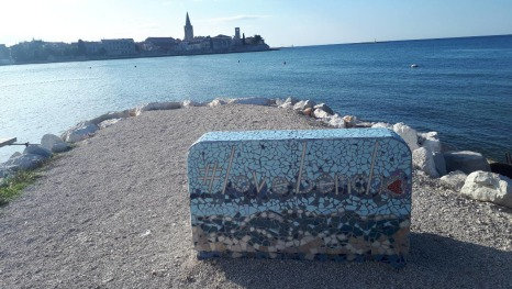 Love bench, Poreč