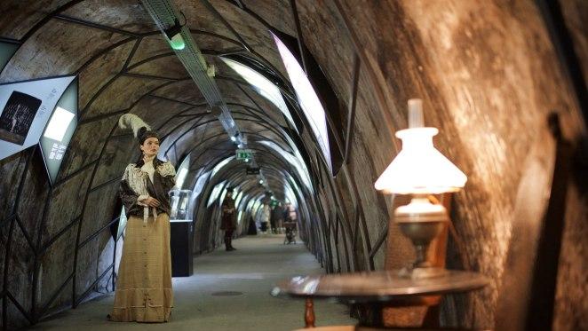 """""""Croatia ist Kroatien"""" im Tunnel Grič"""