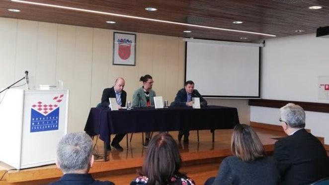 Predstavljanje troknjižja o Hrvatima u Brazilu (novinarka Maja Raguž)