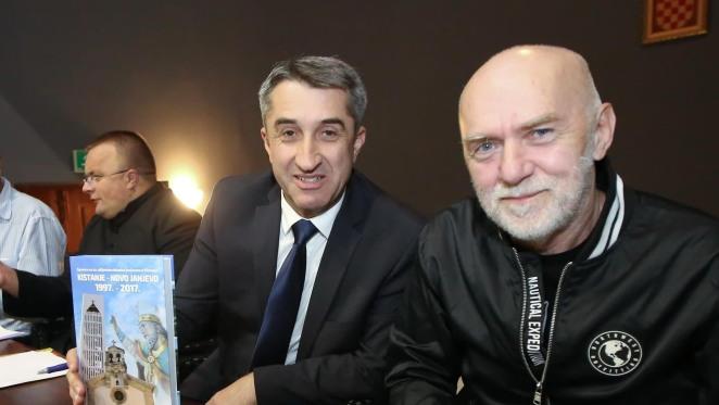 Zvonimir Ancić, jedan od  urednika knjige