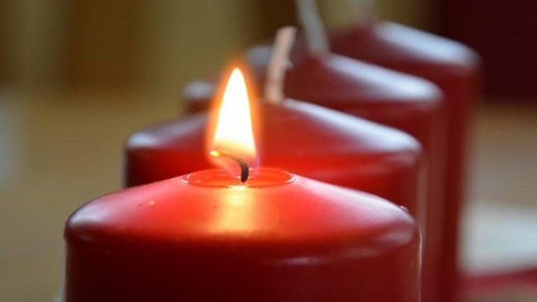 Candles on an Advent wreath. One is lit each week. (Photo: Dusko Jaramaz/PIXSELL)