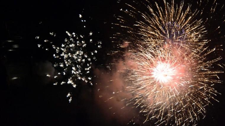 En muchas ciudades croatas se recibe el año al aire libre (Foto: Ivica Galovic/PIXSELL)