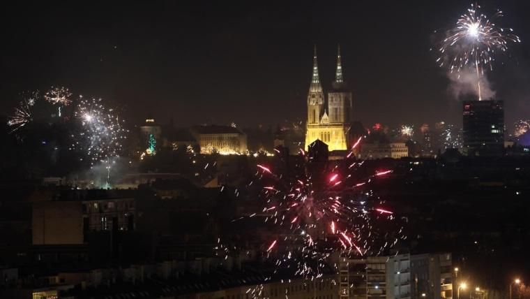 Silvester in Zagreb (Foto: Boris Scitar/Večernji list/PIXSELL)