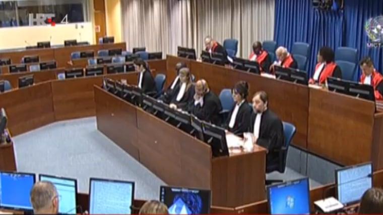 Gerichtssaal während der Verkündung (Foto: twitter @BIRN_BiH)
