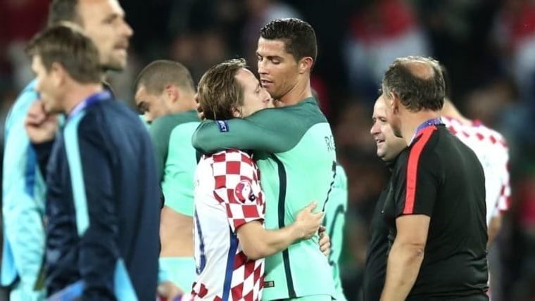 EURO 2016, final sixteen, Croatia vs Portugal. Luka Modrić and Christiano Ronaldo. (Photo: Sanjin Strukic/PIXSELL)
