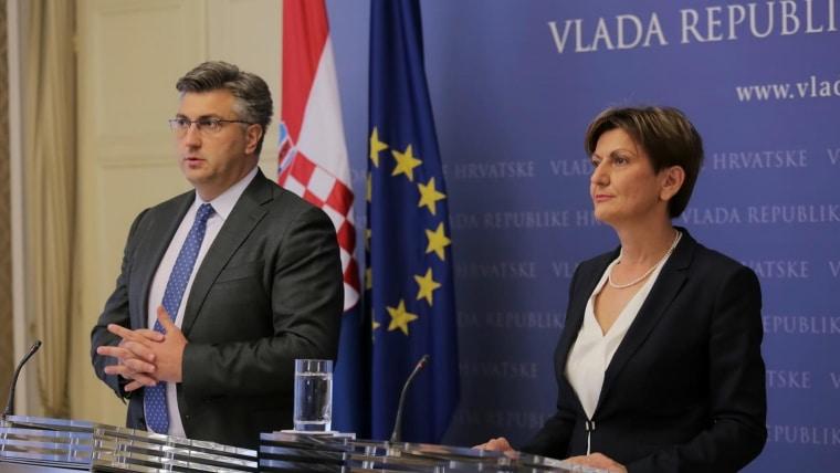 El premier Andrej Plenković y la ministra Martina Dalić. (Foto: Tomislav Miletic/PIXSELL)