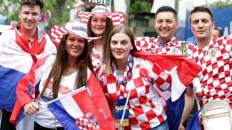 Kroatische Fans (Foto: Goran Stanzl/PIXSELL)