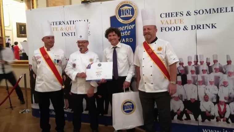 Krsto Matulić je u Bruxellesu dobio priznanje Superior Taste Award (Foto: OPG Matulić /Facebook)