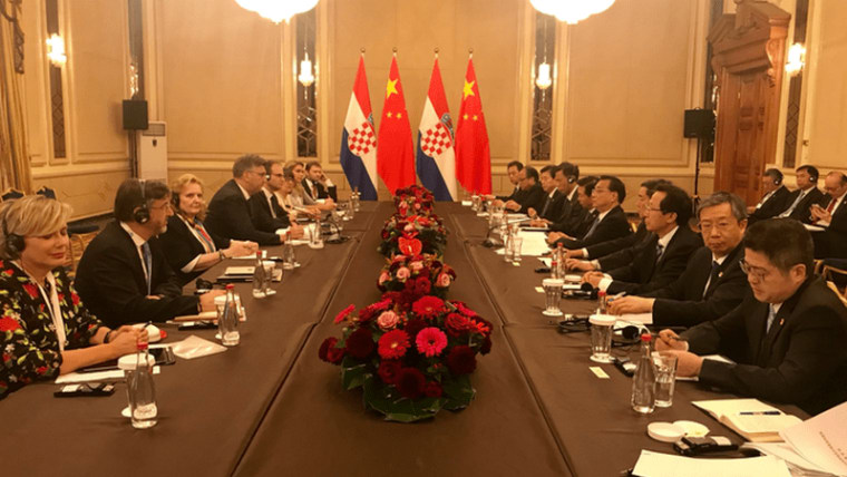 Prime Minister Andrej Plenković meets with a Chinese delegation led by Chinese Premier Li Keqiang (Photo: Twitter)