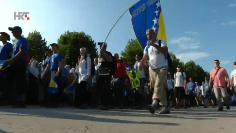 """Marsch des Friedens"" Richtung Tuzla (Foto: HRT)"