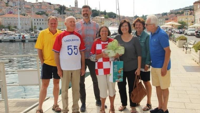 Obitelj Lindlmayer u hrvatskim dresovima (Foto: TZ Mali lošinj)