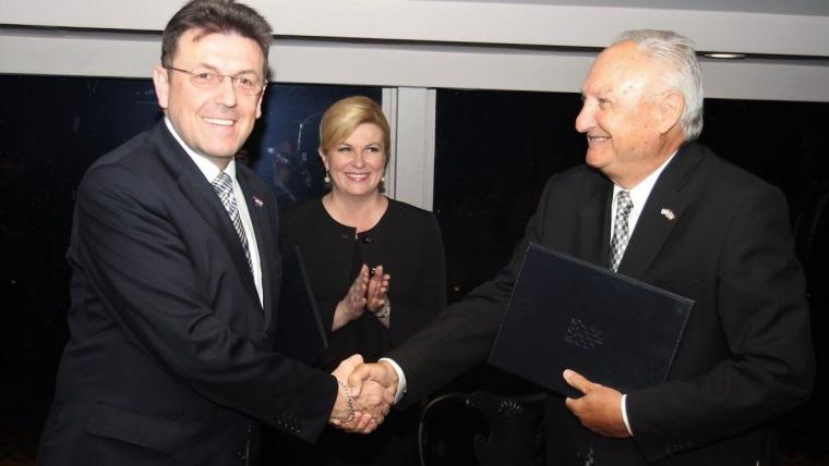 Krešimir Jerković, Luka Burilović y presidenta de Croacia Kolinda Grabar Kitarović