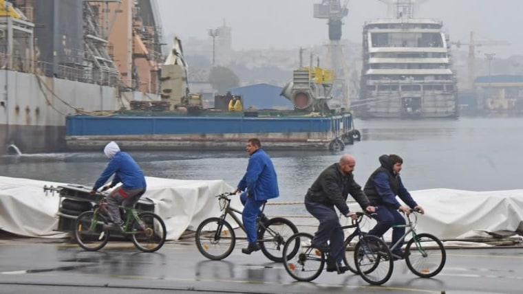 Workers at the Uljanik shipyard have been on strike since Monday, their third strike this year (Photo: Dusko Marusic/PIXSELL)