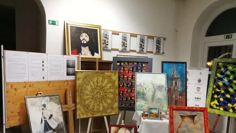 Slike s adventske izložbe (Foto: Franjo Pajrić)