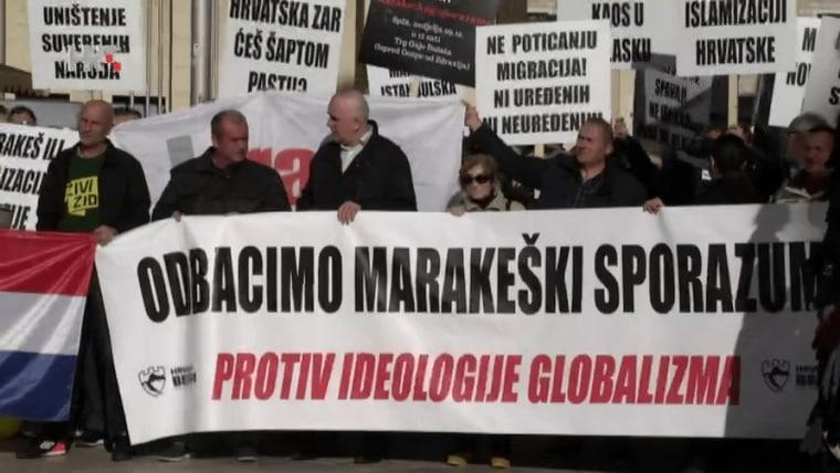 Protesters in Split (Screenshot: HRT)