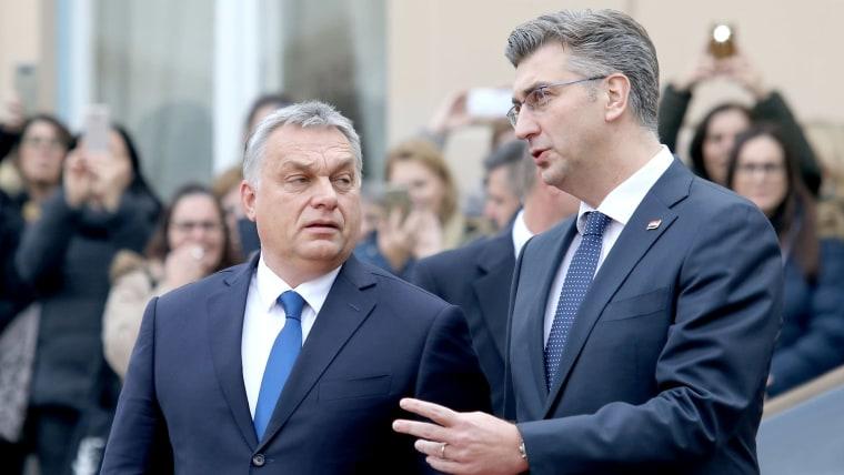 Premier de Hungría Viktor Orban (I) y Premier de Croacia Andrej Plenković (D) (Foto: Patrik Macek/PIXSELL)