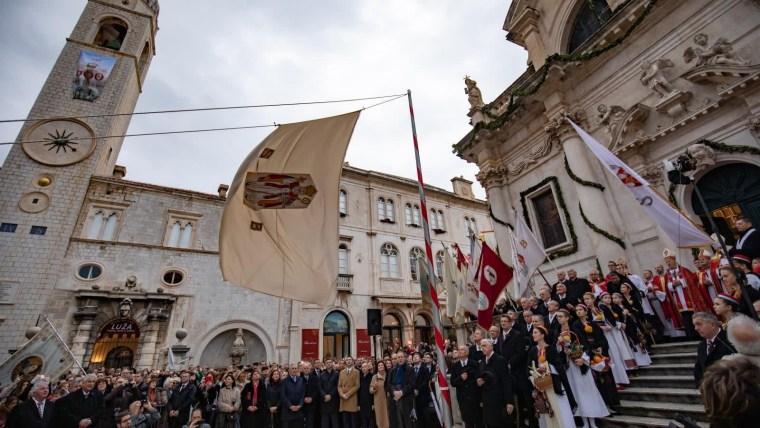 Otvaranje Feste ispred crkve sv. Vlaha. (Foto: Grgo Jelavić/Pixsell)